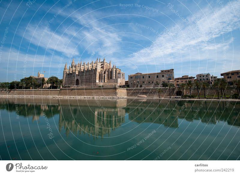Postkarte aus Palma Wasser alt Himmel blau Ferien & Urlaub & Reisen Ferne Luft Religion & Glaube Architektur ästhetisch Tourismus Kirche Schönes Wetter