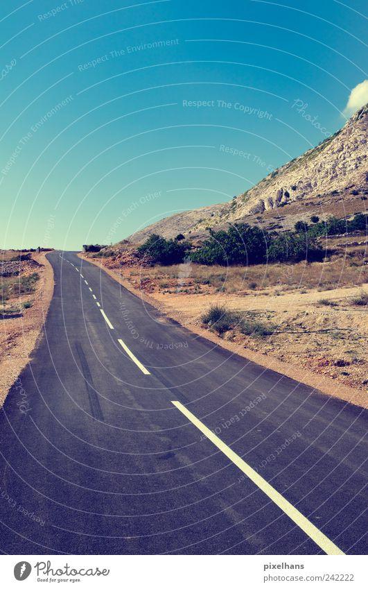 Weit und breit kein Schatten in Sicht... Himmel weiß blau Pflanze Sommer Ferien & Urlaub & Reisen schwarz Straße Berge u. Gebirge Freiheit grau Stein Sand