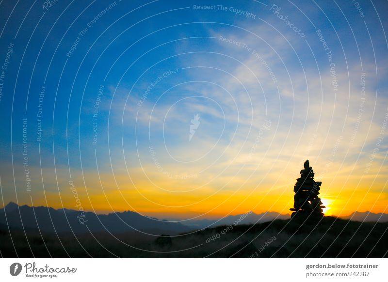 Morgendämmerung Natur Himmel Sonne blau Ferien & Urlaub & Reisen schwarz Wolken Ferne gelb Berge u. Gebirge Freiheit Stein Landschaft Luft Wetter Umwelt