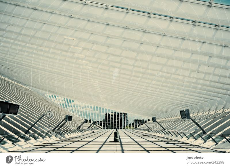 Bahnhofshalle Ferien & Urlaub & Reisen kalt Stil Architektur Verkehr Ausflug modern Coolness Zukunft Technik & Technologie Tourismus Uhr außergewöhnlich Reichtum Bahnhof Respekt