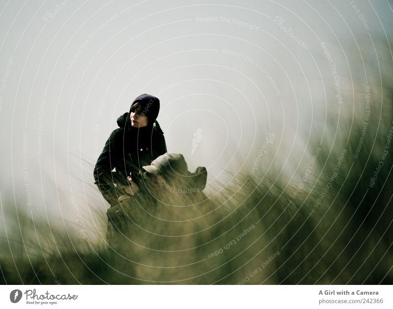 Spiekeroog l ornithology Mensch Natur Jugendliche Pflanze Meer Strand Erwachsene Erholung Landschaft Ferne Umwelt Gras Junge Frau Junger Mann Zusammensein Wind