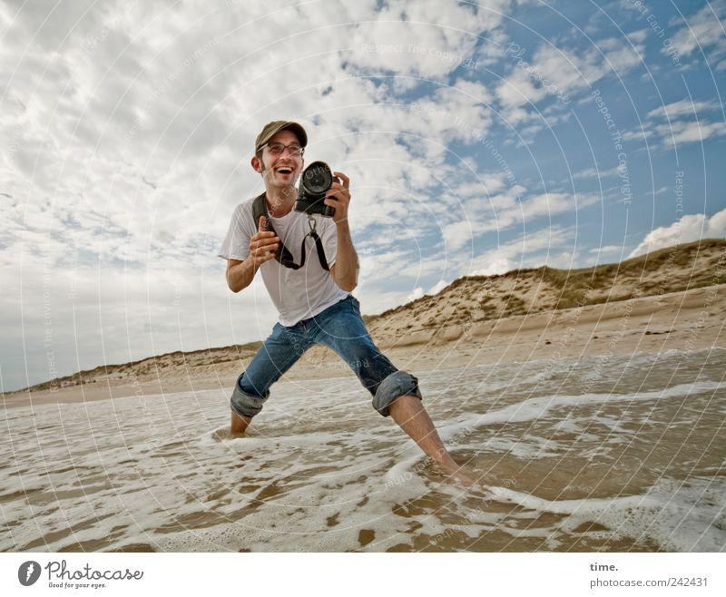 It's Only About Photographing Mann Wasser Himmel Meer Wolken Sand Wellen maskulin Lebensfreude Dynamik Fotografieren