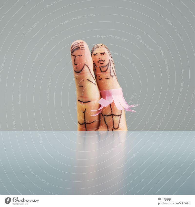 romeo und julia Mensch schön Erwachsene Liebe Paar Freundschaft Tanzen Zusammensein Finger Sicherheit Romantik Bildung Schutz 18-30 Jahre Vertrauen Leidenschaft