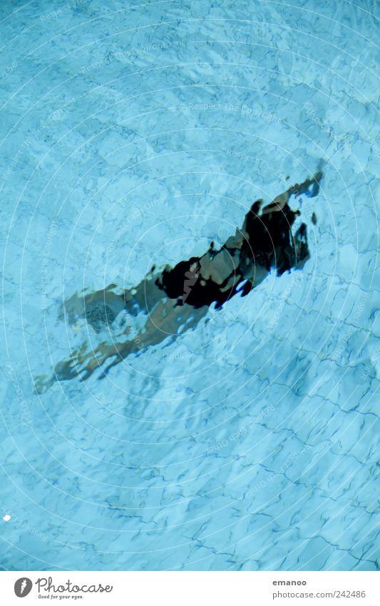 verschwimmen Frau Mensch blau Wasser Freude Einsamkeit Erwachsene Erholung feminin kalt Sport Bewegung Luft Körper Freizeit & Hobby Schwimmen & Baden