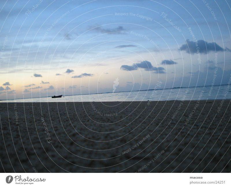 Einsame Stille Meer Wasserfahrzeug Wolken Strand ruhig Einsamkeit Romantik Kuba Himmel Sand