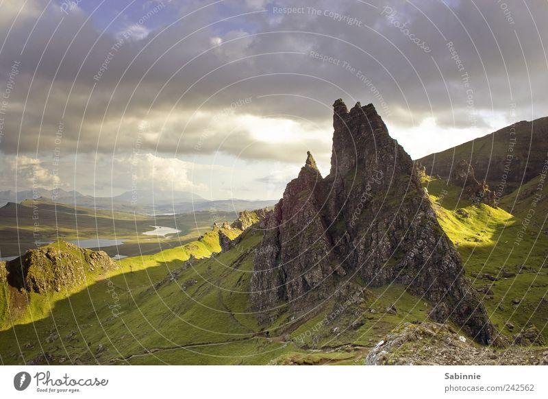 [Skye 01] View from The Old Man of Storr Himmel Natur blau grün Sommer Ferien & Urlaub & Reisen Wolken Ferne gelb Erholung Umwelt Berge u. Gebirge Landschaft