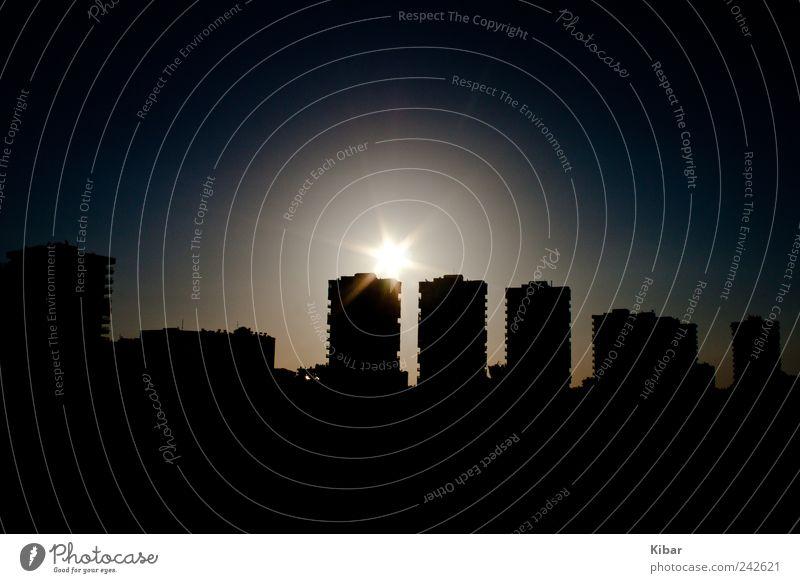 turkish skyline in the night Stadt schwarz Einsamkeit Ferne dunkel Freiheit Stimmung Architektur elegant Hochhaus Horizont Lifestyle modern ästhetisch