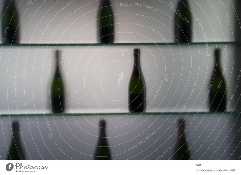 Wein & CO grün dunkel kalt Lifestyle grau Feste & Feiern Design Wohnung Häusliches Leben Dekoration & Verzierung elegant Glas ästhetisch genießen süß Getränk