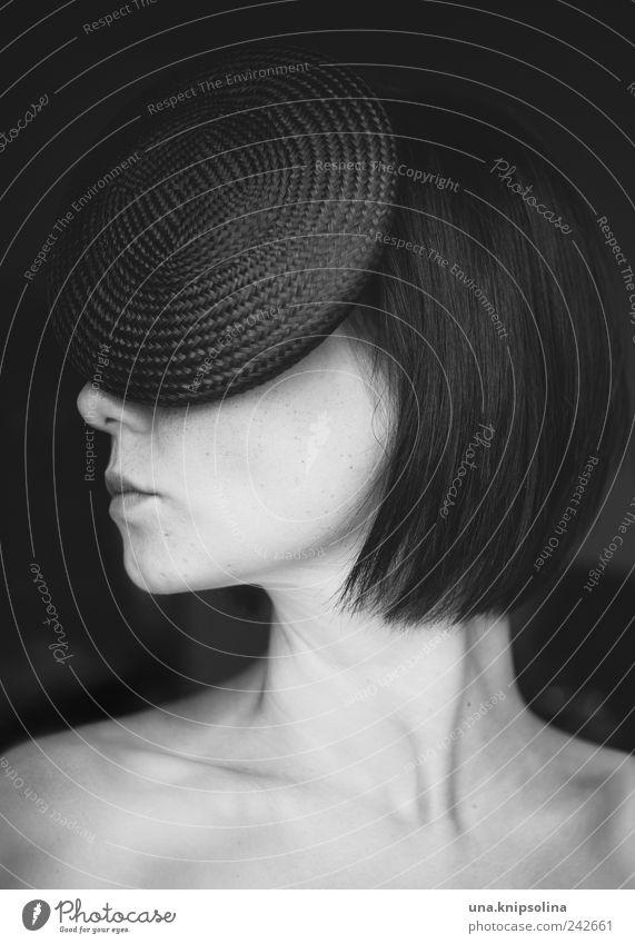 mode.rn Lifestyle elegant Design feminin Junge Frau Jugendliche Erwachsene Gesicht 1 Mensch 18-30 Jahre Mode Accessoire Hut schwarzhaarig brünett langhaarig