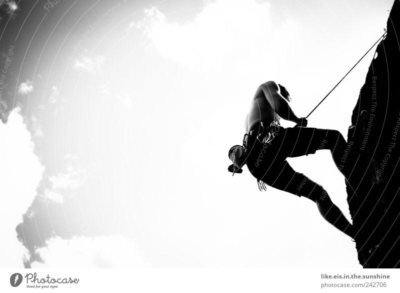 nette aussicht ;) Leben Sinnesorgane Abenteuer Freiheit Sport Klettern Bergsteigen maskulin Junger Mann Jugendliche 1 Mensch Sommer Schönes Wetter Felsen Alpen