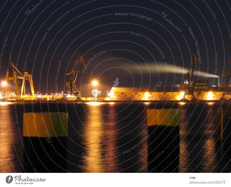 dark port Nacht Wismar Lagerhalle Schifffahrt Hafen Wasser