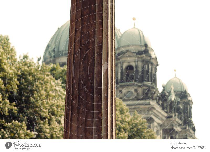Berliner Dom Ferien & Urlaub & Reisen Tourismus Sightseeing Städtereise Hauptstadt Bauwerk Sehenswürdigkeit Wahrzeichen Denkmal alt friedlich Vorsicht ruhig