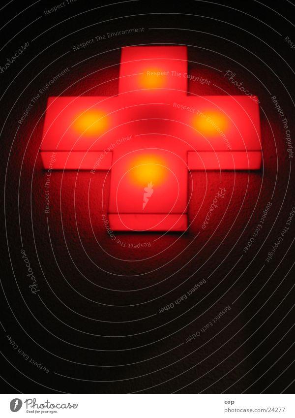 Achteck Wand Licht dunkel rot Fototechnik Rücken