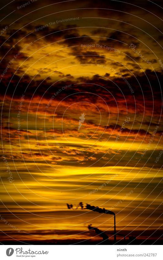 thanks for pollution Himmel rot Wolken schwarz gelb dunkel Gefühle Stimmung Horizont Angst dreckig ästhetisch Energiewirtschaft Klima bedrohlich außergewöhnlich