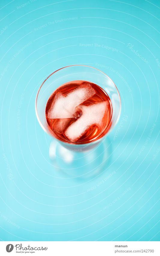 Cocktail blau rot kalt Glas frisch modern authentisch süß Getränk Lifestyle Coolness stark lecker Alkohol trendy