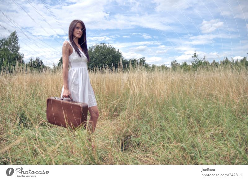 #242811 Lifestyle Stil Ferien & Urlaub & Reisen Tourismus Ausflug Abenteuer Ferne Freiheit Frau Erwachsene Natur Landschaft Himmel Wolken Horizont Feld Kleid