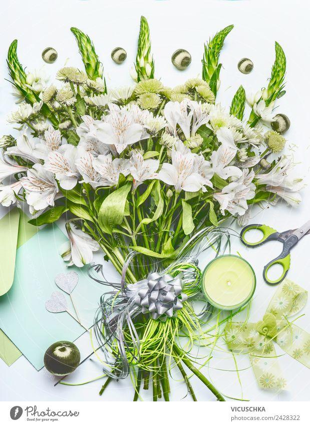 Grüne Blumenstrauß Schleife und Dekoration kaufen Stil Design Dekoration & Verzierung Tisch Feste & Feiern Schreibwaren Papier Kitsch Krimskrams Herz arrangiert