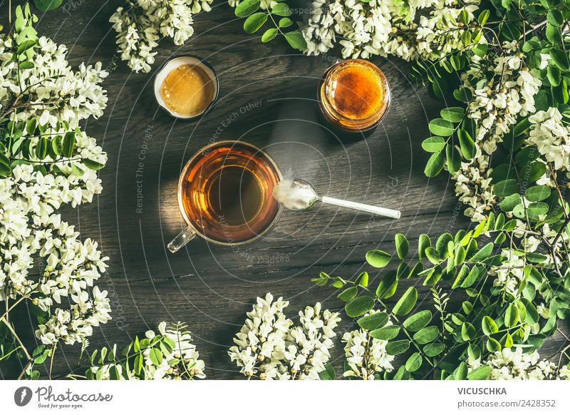 Tasse Tee mit Akazienhonig Lebensmittel Ernährung Frühstück Bioprodukte Getränk Heißgetränk Geschirr Stil Design Gesundheit Gesundheitswesen Alternativmedizin
