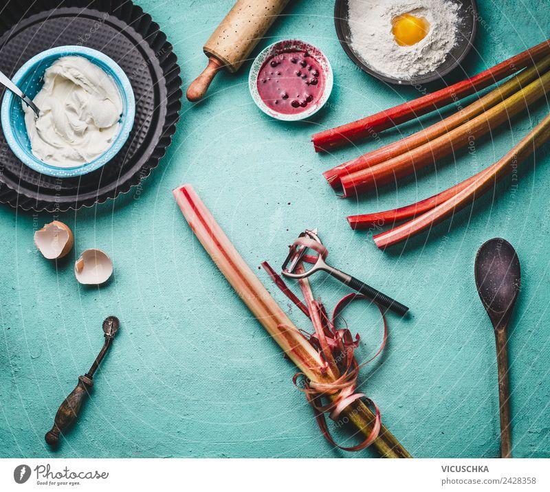 Rhabarber schälen Lebensmittel Gemüse Frucht Ernährung Bioprodukte Vegetarische Ernährung Diät Geschirr Stil Design Tisch häuten Küchentisch Foodfotografie