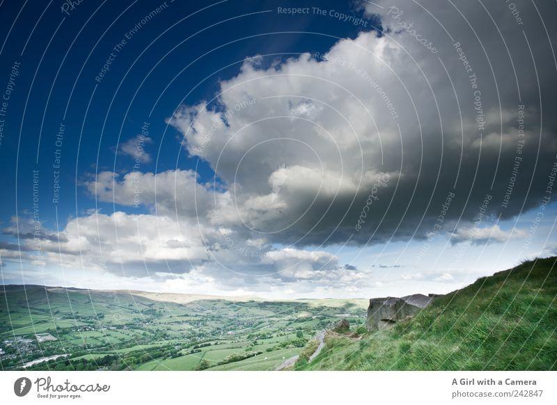 scudding clouds Natur Himmel weiß grün blau Sommer Wolken dunkel Gras Bewegung Frühling Landschaft Feld Wind Wetter Umwelt