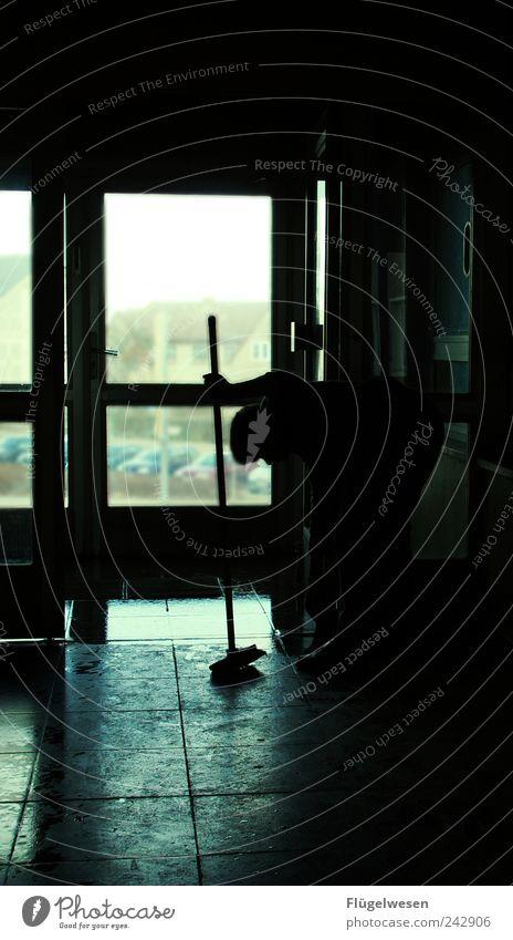Flurdienst Mensch Haus Arbeit & Erwerbstätigkeit Wohnung glänzend Beton Häusliches Leben Reinigen Fliesen u. Kacheln Dienstleistungsgewerbe Werkzeug