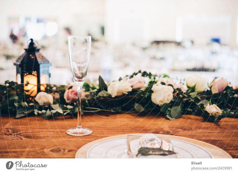 Braut-Dinner-Kleidung Lifestyle Reichtum elegant Partnerschaft Hochzeit Champagner Feste & Feiern Gast Veranstaltung Tischlandschaft Dekoration & Verzierung
