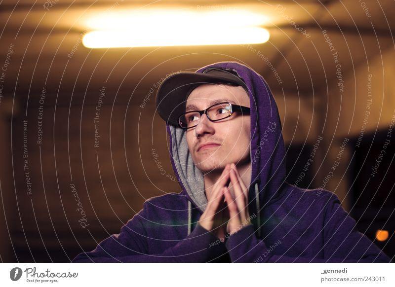 MöchteGenn Mensch maskulin Junger Mann Jugendliche Kopf Hand 18-30 Jahre Erwachsene Pullover Kapuze Kapuzenpullover Brille Mütze trendy einzigartig kuschlig