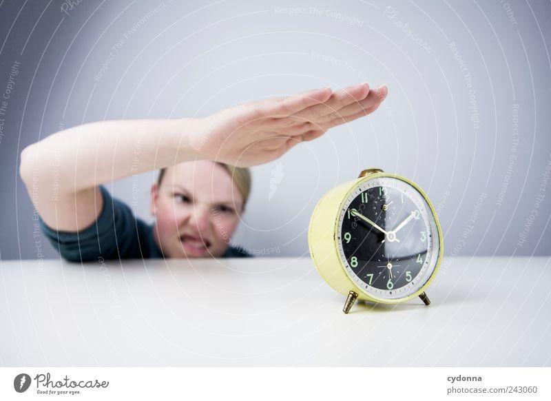 Termindruck Mensch Jugendliche Hand Erwachsene Gesicht Leben Freiheit Stil Freizeit & Hobby Zeit Arme Uhr Lifestyle Pause Vergänglichkeit 18-30 Jahre