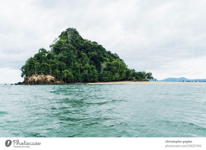 Tropical Island Ferien & Urlaub & Reisen Ausflug Abenteuer Ferne Sommer Sommerurlaub Meer Insel Wellen Umwelt Natur Landschaft Himmel Wolken Grünpflanze Hügel