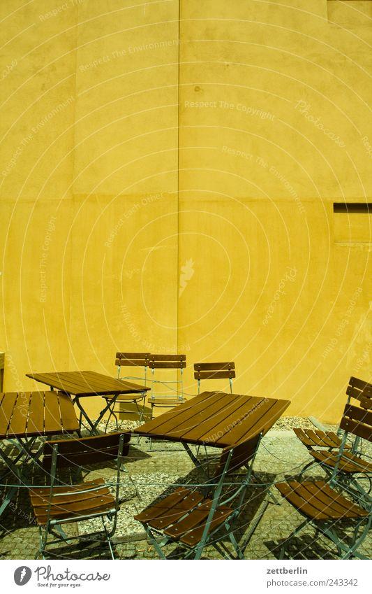 Biergarten Wand Freiheit Holz Mauer Traurigkeit Metall Feste & Feiern Freizeit & Hobby Ausflug Tourismus Lifestyle Hoffnung gut Club Reichtum Restaurant