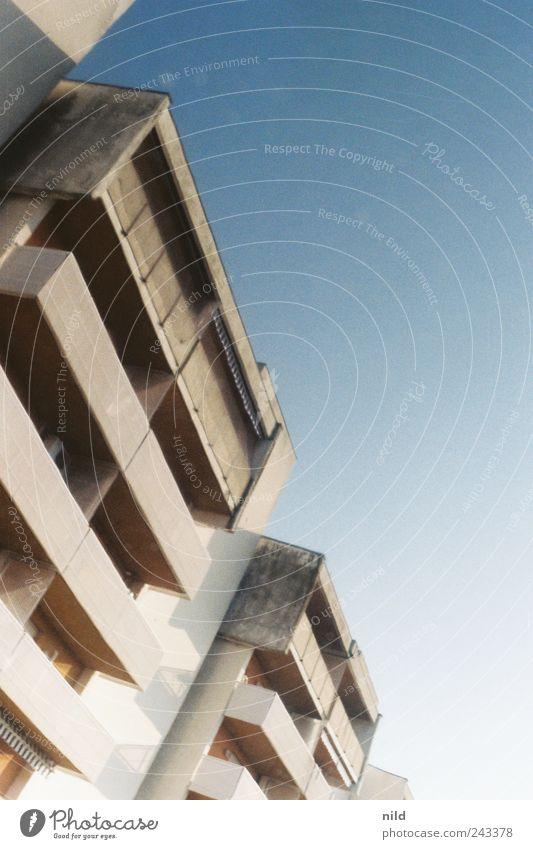 appartamento Ferien & Urlaub & Reisen Tourismus Sommer Sommerurlaub Häusliches Leben Wohnung Italien Haus Bauwerk Gebäude Architektur Hotel Mauer Wand Fassade
