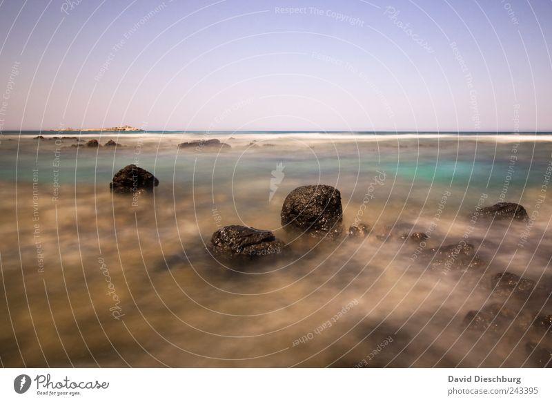 Kretische Küste Ferien & Urlaub & Reisen Freiheit Sommerurlaub Natur Landschaft Wasser Wolkenloser Himmel Schönes Wetter Felsen Wellen Bucht Meer Insel blau