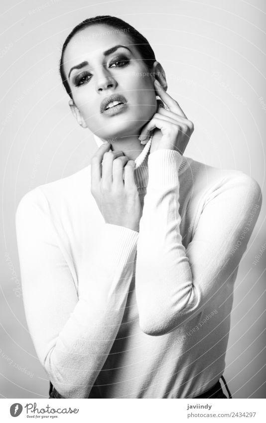 Frau Mensch Jugendliche schön 18-30 Jahre schwarz Gesicht Erwachsene feminin Stil Mode elegant Haut niedlich Beautyfotografie Model