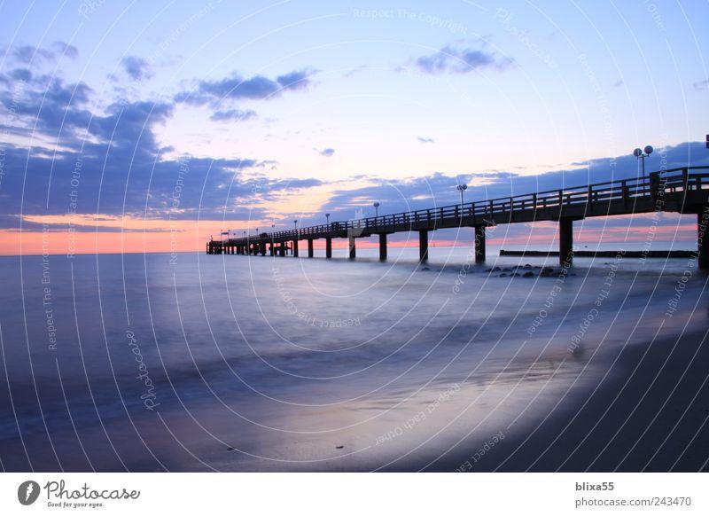 Der lange Weg Nachthimmel Horizont Sonnenaufgang Sonnenuntergang Sommer Ostsee Kühlungsborn Deutschland Europa Menschenleer Romantik Fernweh Seebrücke Farbfoto