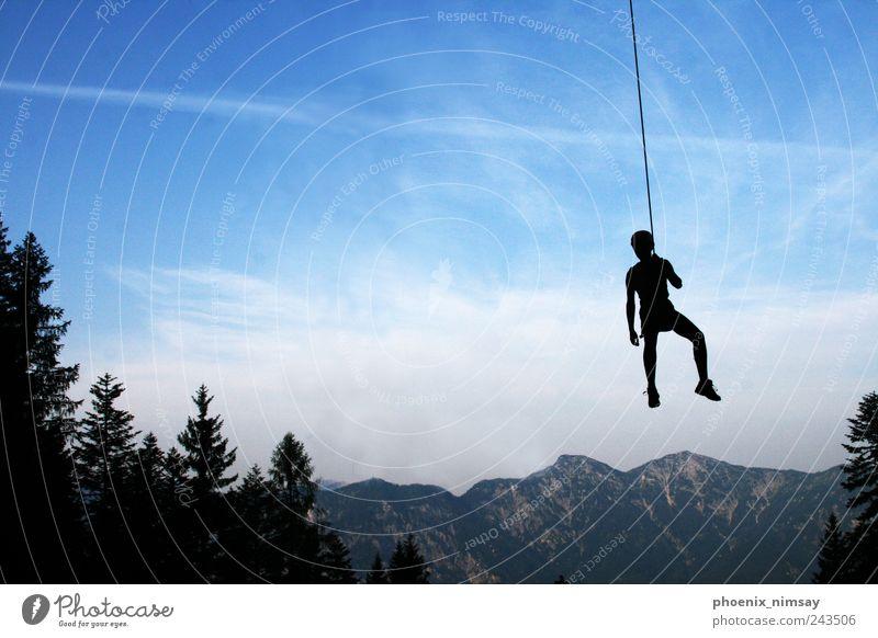 hang loose Mensch Himmel Natur Sommer Erwachsene Landschaft Freiheit Berge u. Gebirge Freizeit & Hobby Abenteuer Tourismus Klettern 18-30 Jahre Schönes Wetter Bergsteigen erleben