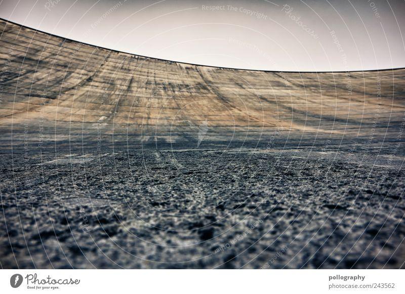straight angle Ausflug Sightseeing Berge u. Gebirge wandern Energiewirtschaft Wasserkraftwerk Wolkenloser Himmel Menschenleer Bauwerk Mauer Wand Beton bauen