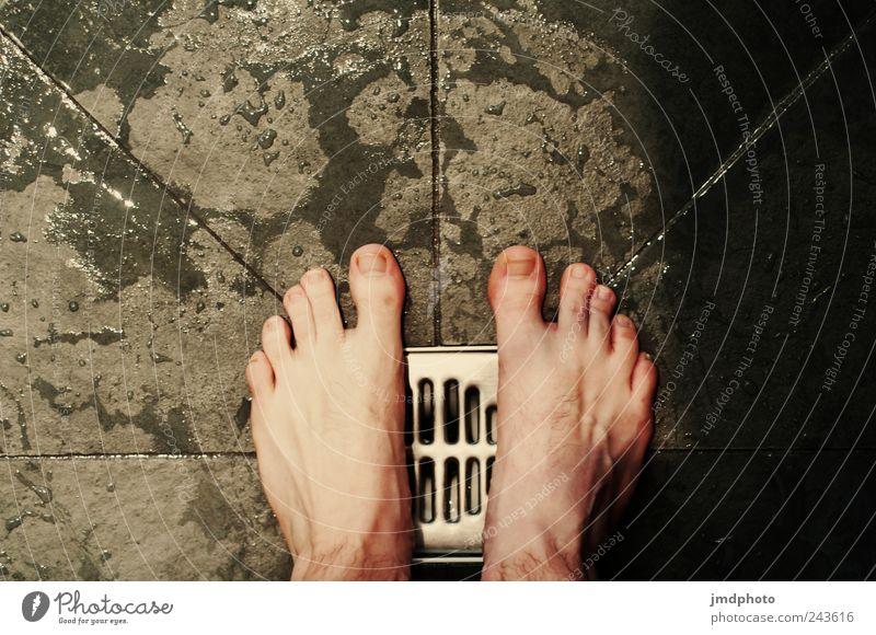 Meine Füße Stil Design Häusliches Leben Wohnung Bad Fuß 1 Mensch stehen Flüssigkeit frisch nass Lebensfreude Vorsicht Reinlichkeit Sauberkeit Reinheit