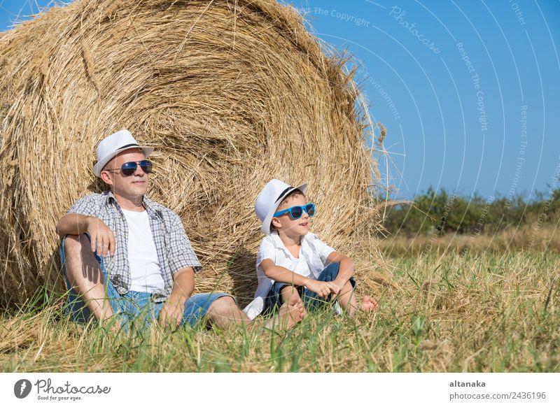 Kind Mensch Natur Ferien & Urlaub & Reisen Mann Sommer Sonne Freude Erwachsene Lifestyle Liebe Sport Familie & Verwandtschaft Junge Glück Spielen