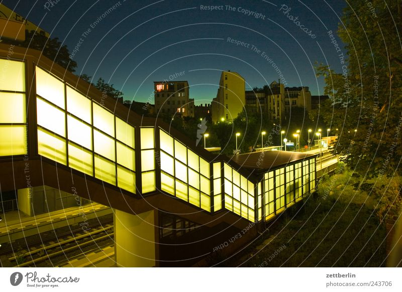Leber Himmel Stadt blau Sommer Haus Berlin Wand Mauer Gebäude Architektur Verkehr Brücke Treppe Bauwerk Bahnhof
