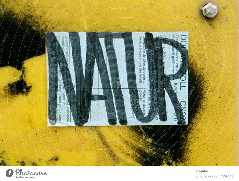 Naturverbunden Etikett Blech obskur Schriftzeichen Schilder & Markierungen schwarz-gelb Graffiti