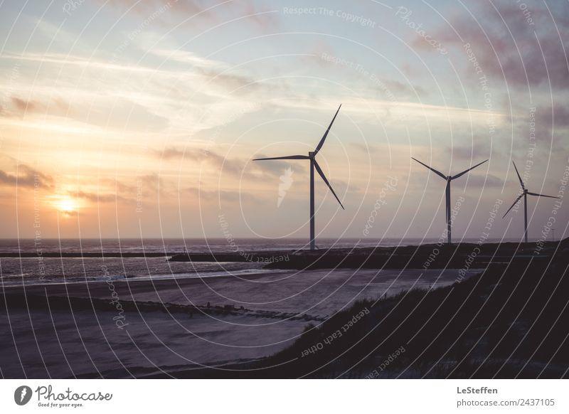 Windrad Trio bei Sonnenuntergang Ferien & Urlaub & Reisen Strand Meer Energiewirtschaft Erneuerbare Energie Windkraftanlage Mensch Natur Landschaft Sand Wasser