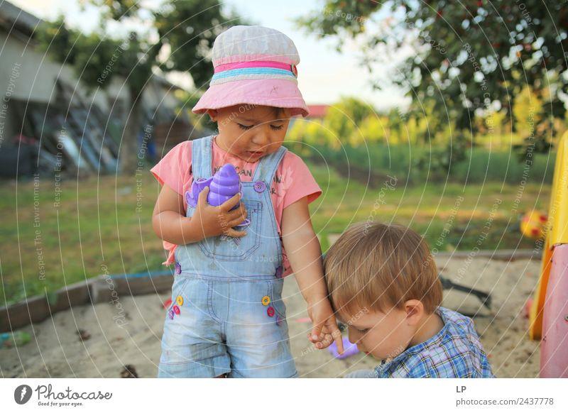 Gib mir das! Kindererziehung Bildung Kindergarten Mensch Kleinkind Eltern Erwachsene Geschwister Familie & Verwandtschaft Paar Partner Kindheit Leben Gefühle