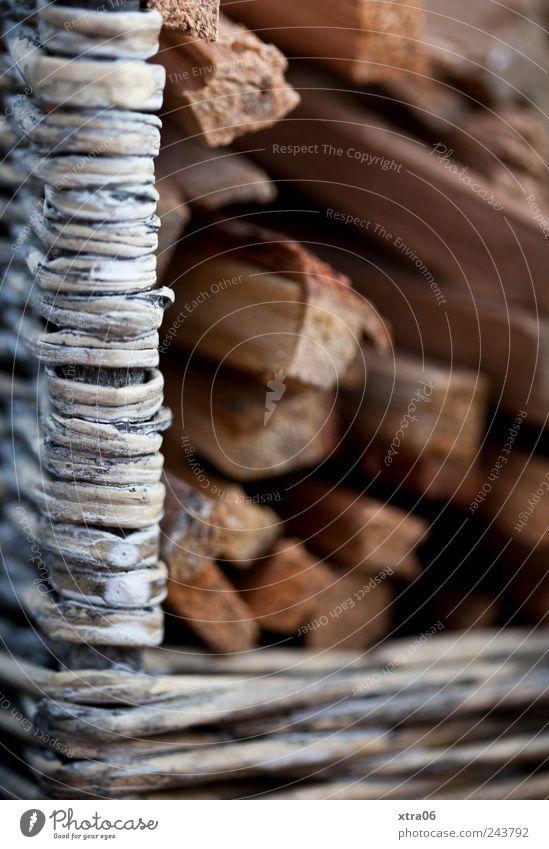 schon mal für den winter horten... Holz Korb Brennholz geflochten