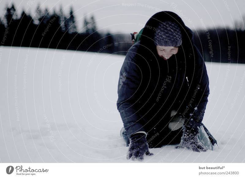 blinder passagier im schnee° Mensch Winter Freude Schnee Glück Zufriedenheit Feld Fröhlichkeit Warmherzigkeit Lebensfreude Geborgenheit Begeisterung Optimismus