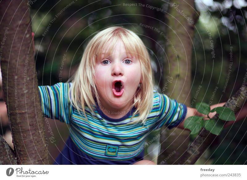 """Du bekommst ne Schwester! """"NOOOOOO"""" Mensch Kind Natur Mädchen Baum Gesicht Blatt Wald Leben Gefühle Garten Haare & Frisuren Park Mund gefährlich Kindheit"""