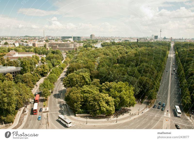 groß(artige)stadt II Himmel grün Pflanze Ferien & Urlaub & Reisen Haus Wolken Ferne Straße Berlin Straßenverkehr Umwelt Hochhaus Horizont Tourismus Aussicht