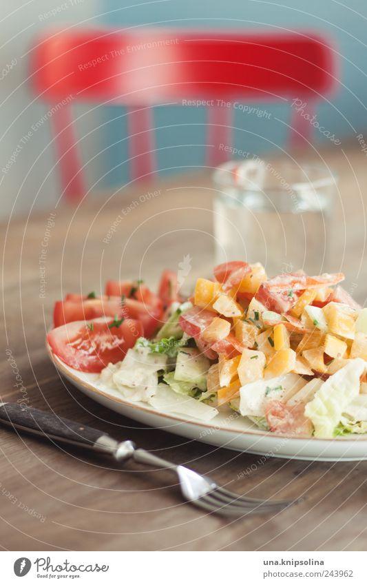 mittagessen Holz Gesundheit Lebensmittel Wohnung Glas frisch Häusliches Leben Ernährung Tisch einzigartig Stuhl Küche Kräuter & Gewürze lecker trendy Geschirr