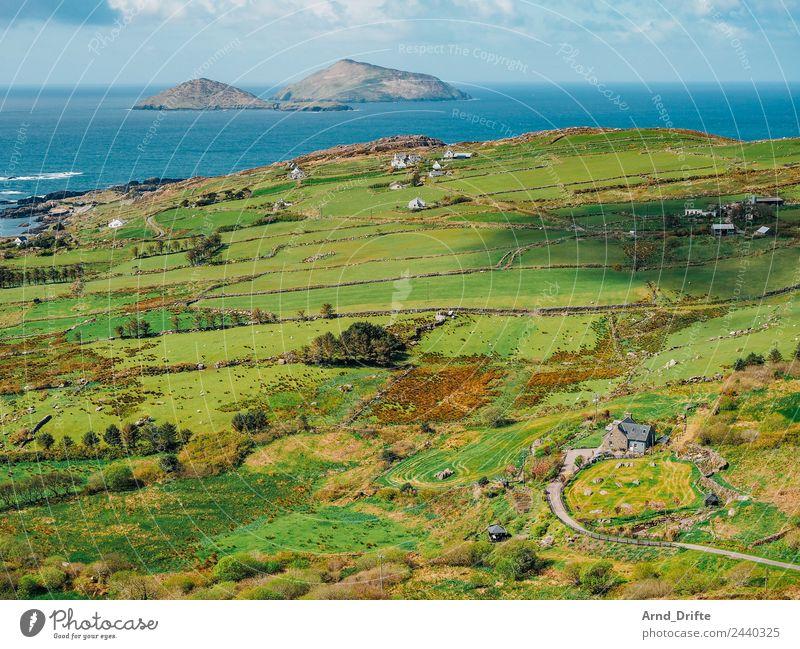 Irland - Skellig Islands Himmel Ferien & Urlaub & Reisen Natur Sommer blau grün Landschaft Meer Haus Wolken Ferne Strand Frühling Wiese Küste Tourismus
