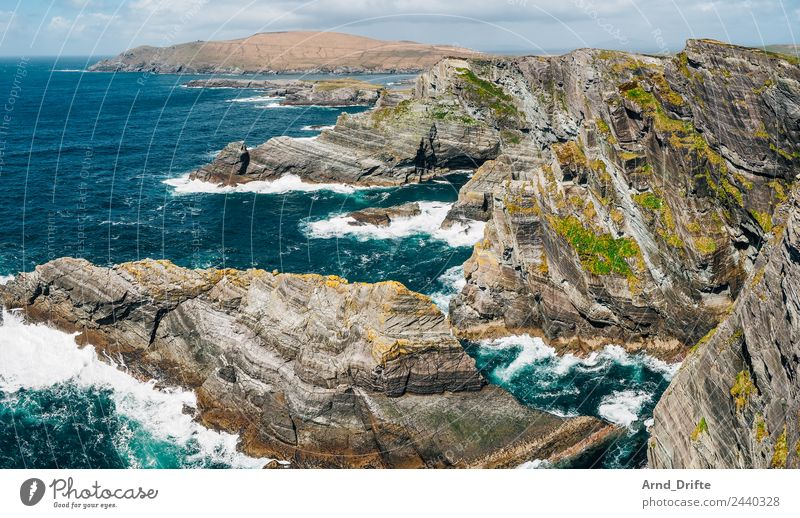 Irland - Kerry Cliffs Portmagee Ferien & Urlaub & Reisen Tourismus Ausflug Abenteuer Ferne Freiheit Sightseeing Wellen Natur Landschaft Urelemente Himmel Wolken
