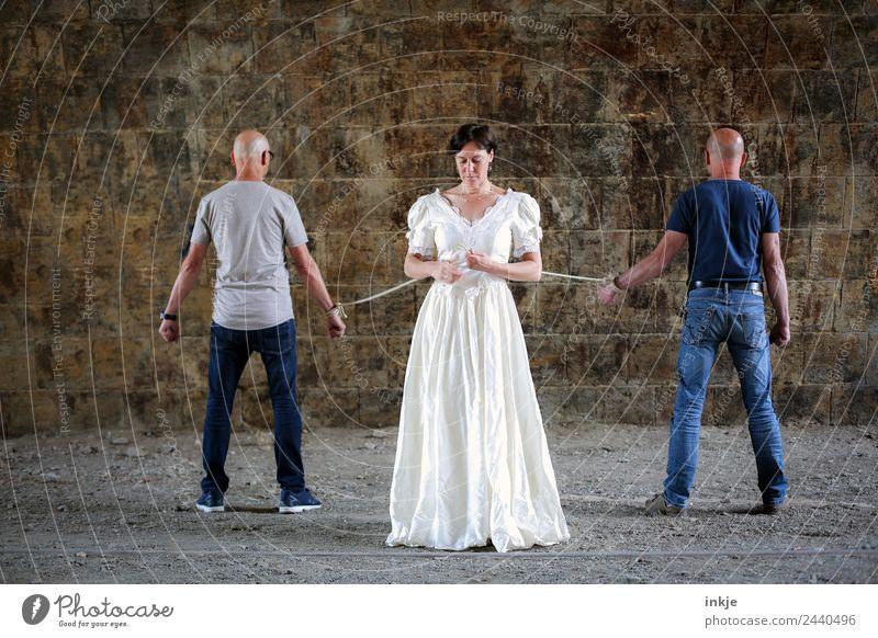 Wir sind zusammen eins | UT Dresden Frau Mensch Mann Erwachsene Lifestyle Leben Liebe feminin Paar Zusammensein maskulin 45-60 Jahre stehen 3 Seil Hochzeit